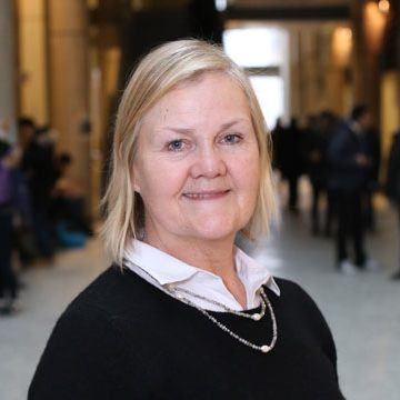 Dr. Lesley Warren is the Claudette MacKay-Lassonde Chair in Mineral Engineering within the Department of Civil Engineering.